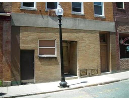 Commercial pour l à louer à 158 Salem Street 158 Salem Street Boston, Massachusetts 02113 États-Unis