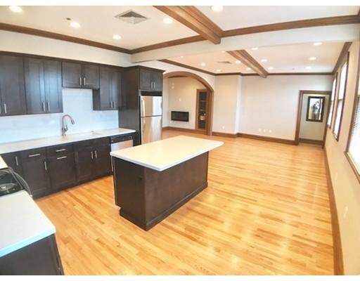 شقة بعمارة للـ Rent في 11 Wallis #0 Beverly, Massachusetts 01915 United States