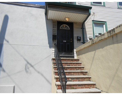 Additional photo for property listing at 1304 Hyde Park Avenue  Boston, Massachusetts 02136 Estados Unidos