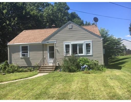 Maison unifamiliale pour l Vente à 116 Acushnet Avenue 116 Acushnet Avenue Worcester, Massachusetts 01606 États-Unis