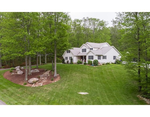 Single Family Home for Sale at 8 Highland Hampden, Massachusetts 01036 United States