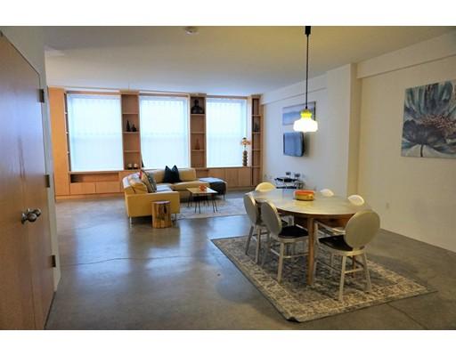 Single Family Home for Rent at 453 Washington Boston, Massachusetts 02111 United States