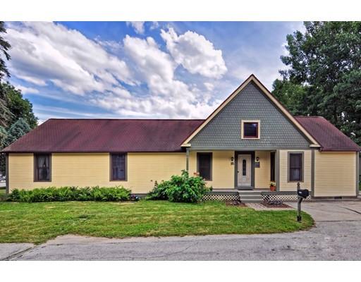 Maison unifamiliale pour l Vente à 16 Lewis Street Milford, New Hampshire 03055 États-Unis