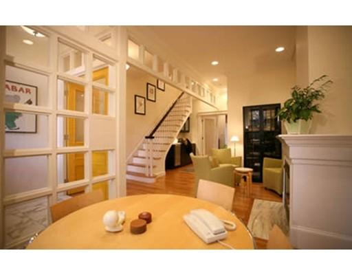 Single Family Home for Rent at 32 Claremont Pk Boston, Massachusetts 02118 United States