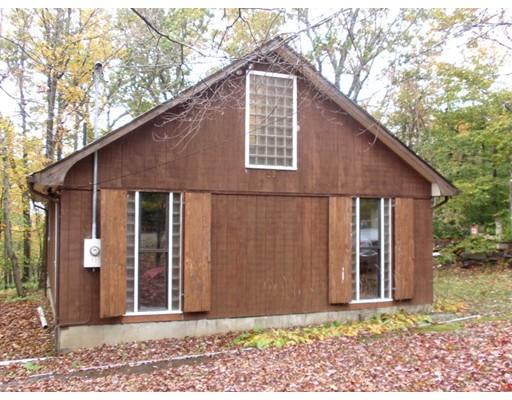 独户住宅 为 销售 在 59 Sir Edwards Way 贝克特, 马萨诸塞州 01223 美国