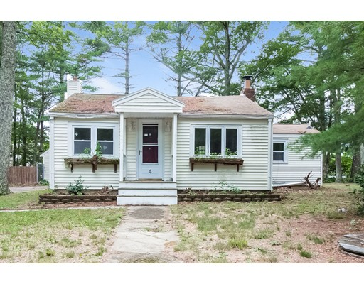 Casa Unifamiliar por un Venta en 4 Doreen Way Carver, Massachusetts 02330 Estados Unidos