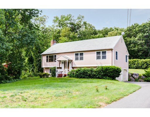 Single Family Home for Sale at 560 Liberty Square Road Boxborough, Massachusetts 01719 United States