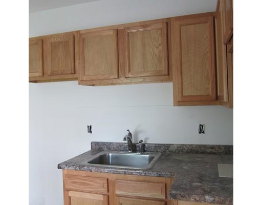 واحد منزل الأسرة للـ Rent في 18 Gaugh Street Easthampton, Massachusetts 01027 United States