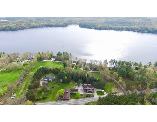 واحد منزل الأسرة للـ Sale في 261 North Road 261 North Road Deerfield, New Hampshire 03037 United States