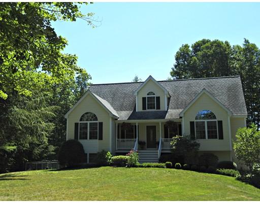 Maison unifamiliale pour l Vente à 311 Emerson Avenue Hampstead, New Hampshire 03841 États-Unis