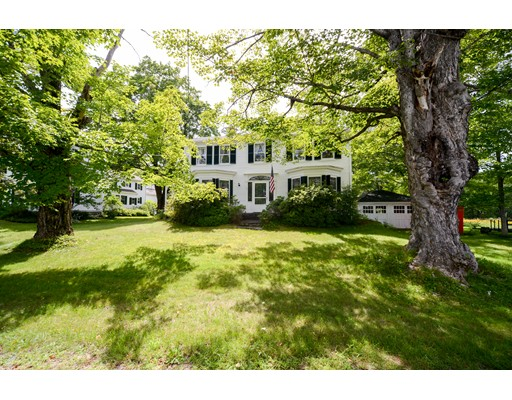 Single Family Home for Sale at 23 On The Common 23 On The Common Royalston, Massachusetts 01368 United States
