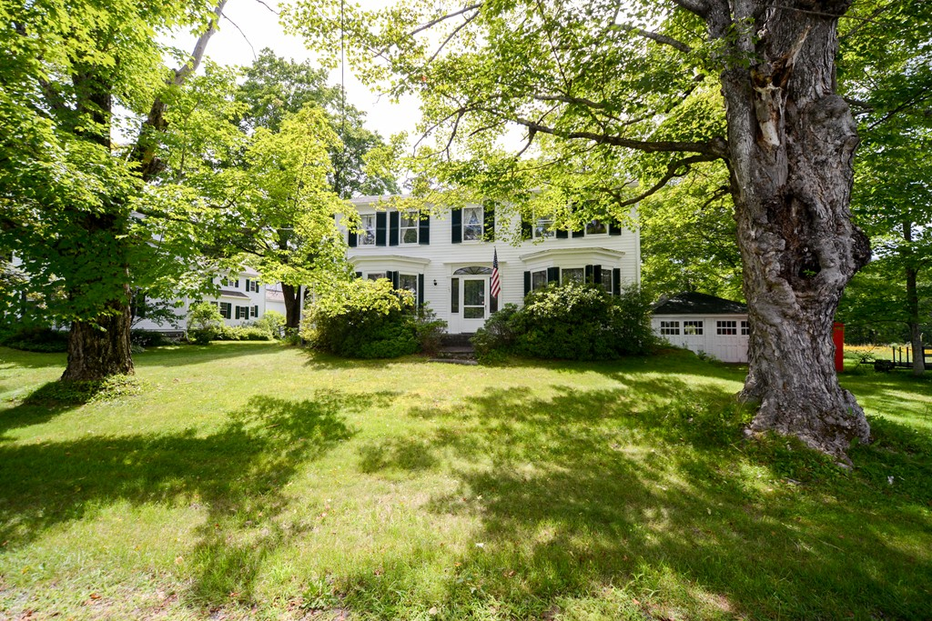 Property for sale at 23 On The Common, Royalston,  Massachusetts 01368