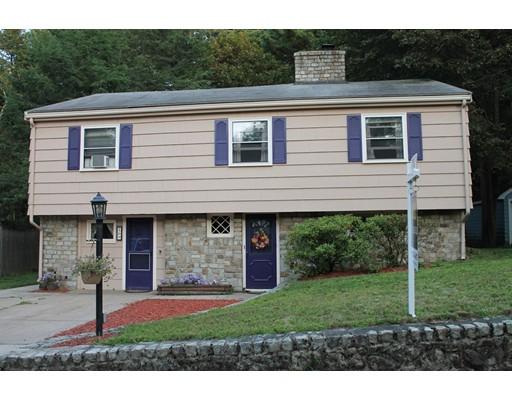 Частный односемейный дом для того Продажа на 16 LYNNBROOK ROAD 16 LYNNBROOK ROAD Lynnfield, Массачусетс 01940 Соединенные Штаты