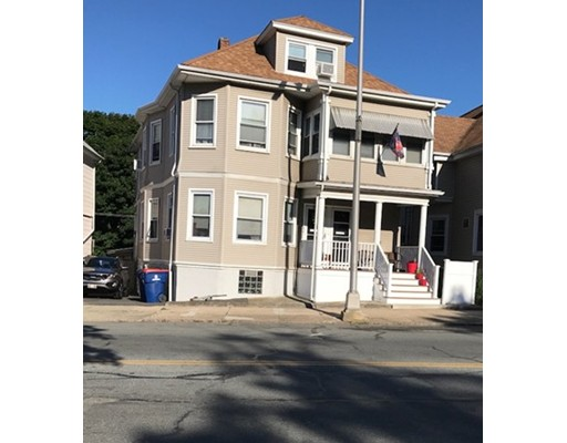 Additional photo for property listing at 1940 Acushnet Avenue 1940 Acushnet Avenue New Bedford, Massachusetts 02745 États-Unis