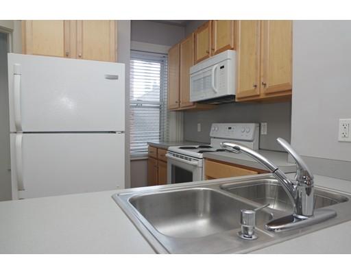 独户住宅 为 出租 在 59 Snow Hill Street 波士顿, 马萨诸塞州 02113 美国