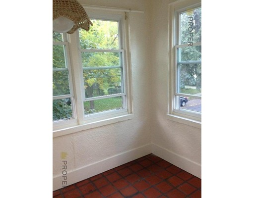Additional photo for property listing at 22 Spruce Street  Watertown, Massachusetts 02472 Estados Unidos