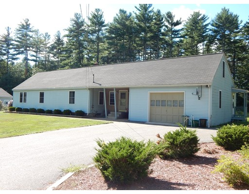 Casa Unifamiliar por un Venta en 66 Horse Pond Road Shirley, Massachusetts 01464 Estados Unidos