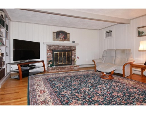 25 Ward Lane, Sherborn, MA, 01770