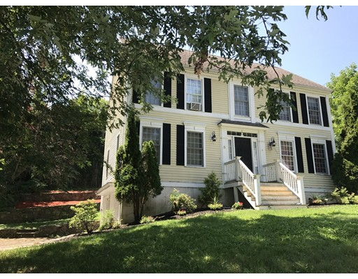 独户住宅 为 销售 在 5 Nayson Court Amesbury, 01913 美国