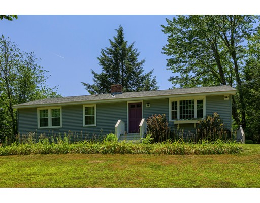 Single Family Home for Sale at 95 Colby Road Danville, New Hampshire 03819 United States