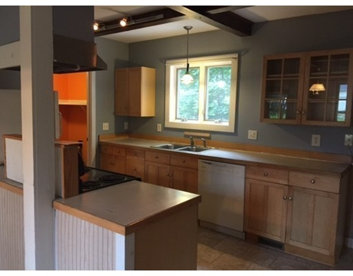 Apartment for Rent at Washington Street #1 Abington, Massachusetts 02351 United States