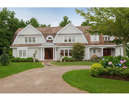 Single Family Home for Sale at 18 High Ridge Drive 18 High Ridge Drive Mattapoisett, Massachusetts 02739 United States