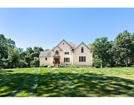 Single Family Home for Sale at 47 Hudson Road 47 Hudson Road Bolton, Massachusetts 01740 United States