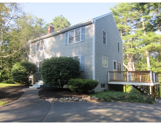Casa Unifamiliar por un Alquiler en 225 Glen Charlie Road Wareham, Massachusetts 02538 Estados Unidos