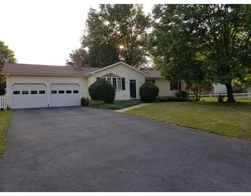Single Family Home for Sale at 8 Robin Road Easthampton, Massachusetts 01027 United States