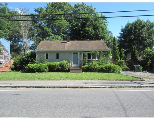 Single Family Home for Sale at 91 Green Street Abington, Massachusetts 02351 United States