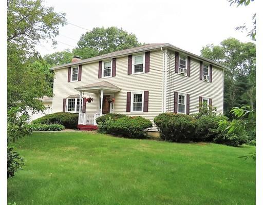 Частный односемейный дом для того Аренда на 3 Fairway Road Acton, Массачусетс 01720 Соединенные Штаты