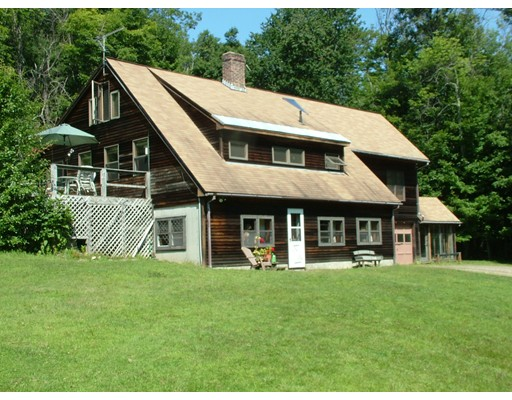 Casa Unifamiliar por un Venta en 235 Bug Hill Road Ashfield, Massachusetts 01330 Estados Unidos