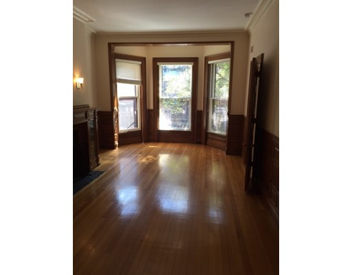 独户住宅 为 出租 在 396 Marlborough Street 波士顿, 马萨诸塞州 02115 美国