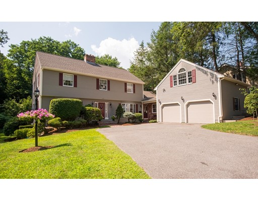Single Family Home for Sale at 195 Warwick Road Melrose, Massachusetts 02176 United States