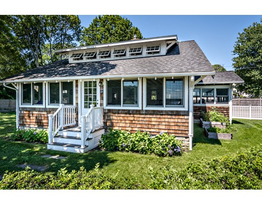 126 Downer Avenue, Hingham, MA 02043