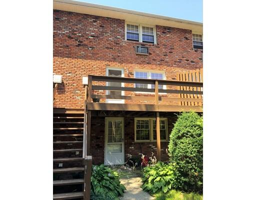 Maison unifamiliale pour l à louer à 418 Meadow Street Unit B11 Agawam, Massachusetts 01001 États-Unis