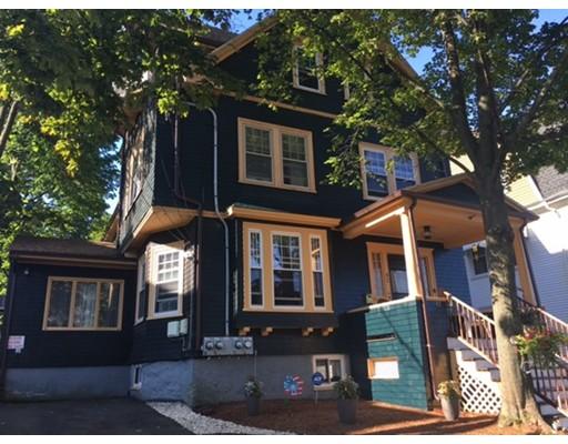 Casa Multifamiliar por un Venta en 42 Converse Avenue Malden, Massachusetts 02148 Estados Unidos