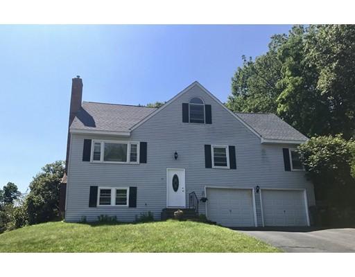 Casa Unifamiliar por un Venta en 25 Cedar Road 25 Cedar Road Holden, Massachusetts 01520 Estados Unidos