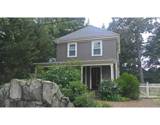 Single Family Home for Rent at 107 Maple Street Milton, Massachusetts 02186 United States