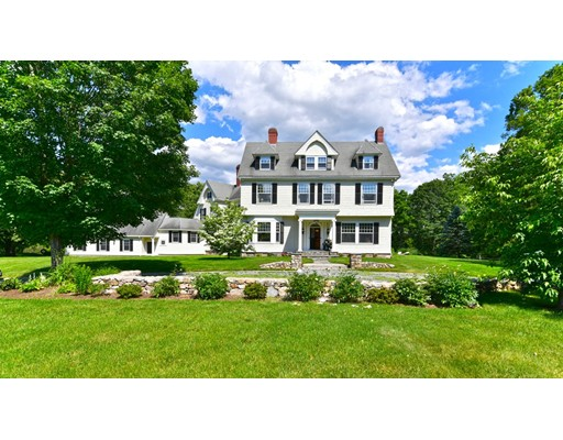 Casa Unifamiliar por un Venta en 1 Sears Road Southborough, Massachusetts 01772 Estados Unidos