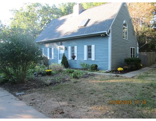 واحد منزل الأسرة للـ Sale في 146 Lakeshore Drive Blackstone, Massachusetts 01504 United States