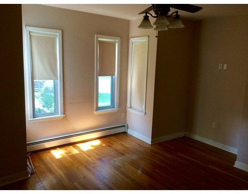 Rentals for Rent at 60 Hyde Park Avenue Boston, Massachusetts 02130 United States