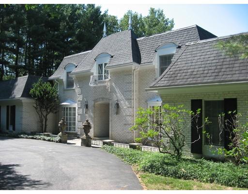 واحد منزل الأسرة للـ Sale في 66 Old Common Road 66 Old Common Road Auburn, Massachusetts 01501 United States