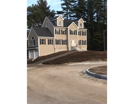 Single Family Home for Sale at 8 Sophia Drive Dracut, Massachusetts 01826 United States