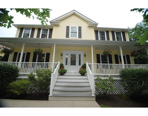 Casa Unifamiliar por un Venta en 985 Great Road Lincoln, Rhode Island 02865 Estados Unidos