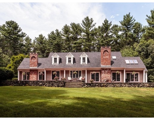 واحد منزل الأسرة للـ Sale في 3 Duston Lane Acton, Massachusetts 01720 United States