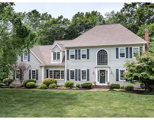 واحد منزل الأسرة للـ Sale في 10 Barnside Road Boxford, Massachusetts 01921 United States