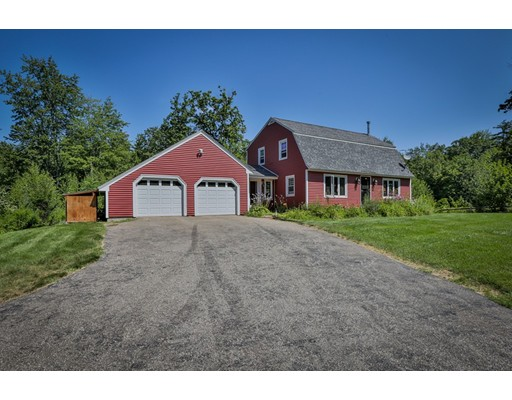 Single Family Home for Sale at 27 Cemetery Street 27 Cemetery Street Concord, New Hampshire 03301 United States
