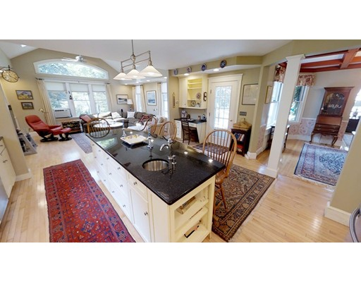 23 Lakeview Ave, Haverhill, MA 01830