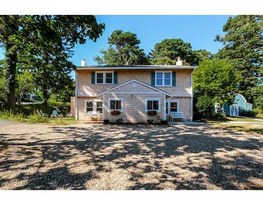 Maison unifamiliale pour l Vente à 57 Whitman Avenue Chatham, Massachusetts 02633 États-Unis